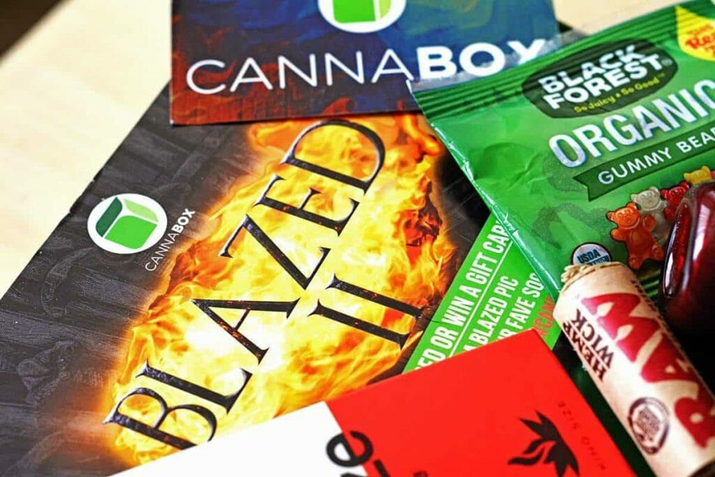 Cannabox Monthly Themed Boxes - Image of: May Blazed II Game of Thrones inspired Cannabox