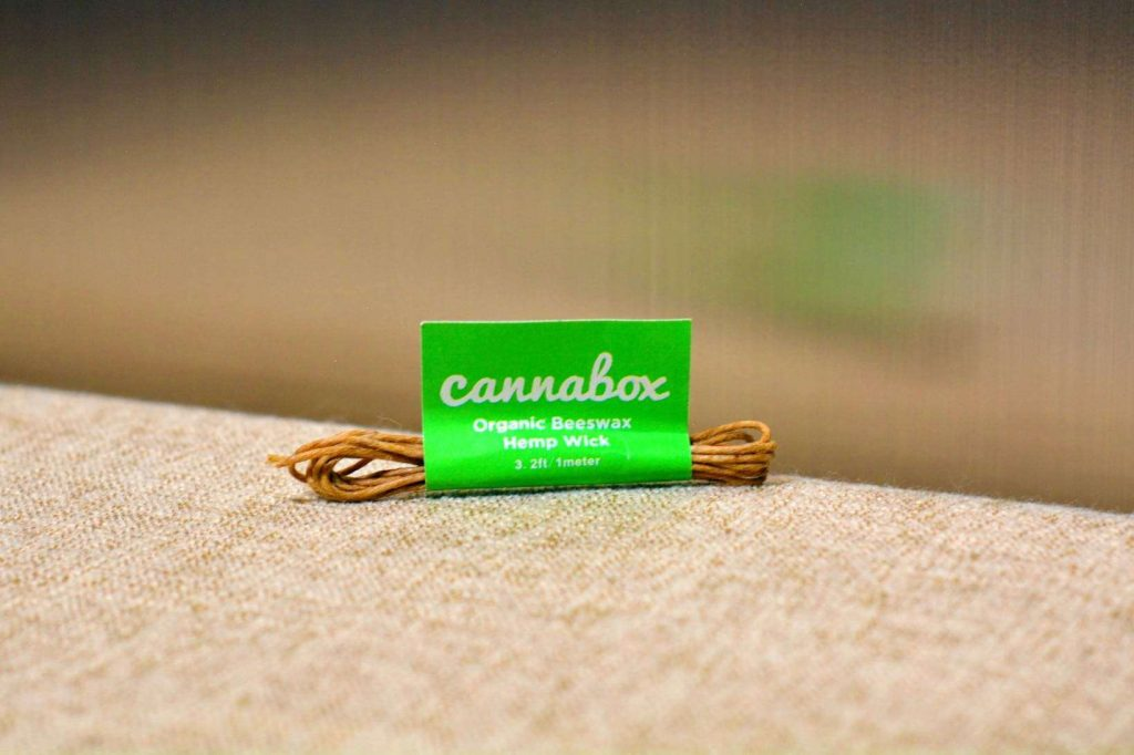 Cannabox Organic Beeswax Hemp Wick – Cannabox Accessories (pictured)